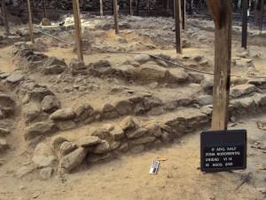 Muro externo de la estructura y muro intermedio con sus dos ramales